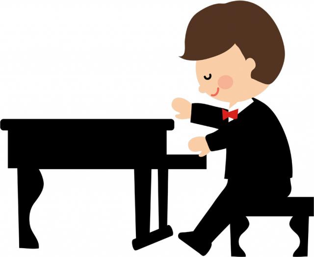 ピアノを演奏するピアニスト 神山和幸行政書士事務所